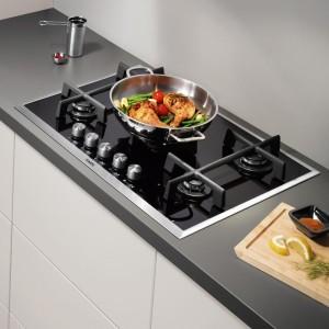 kitchen-gas-hob
