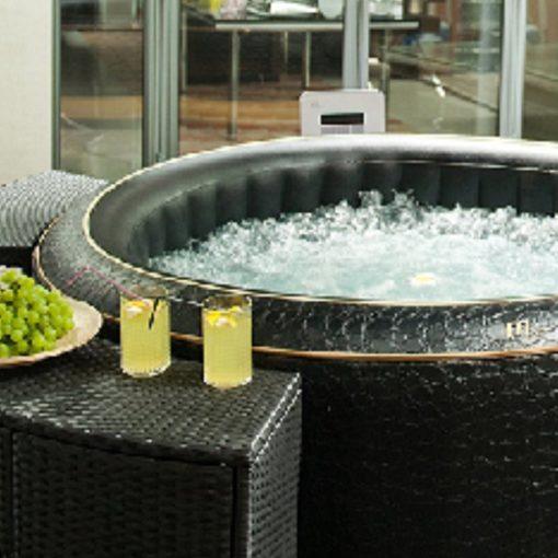 bathtub with spa in bacera